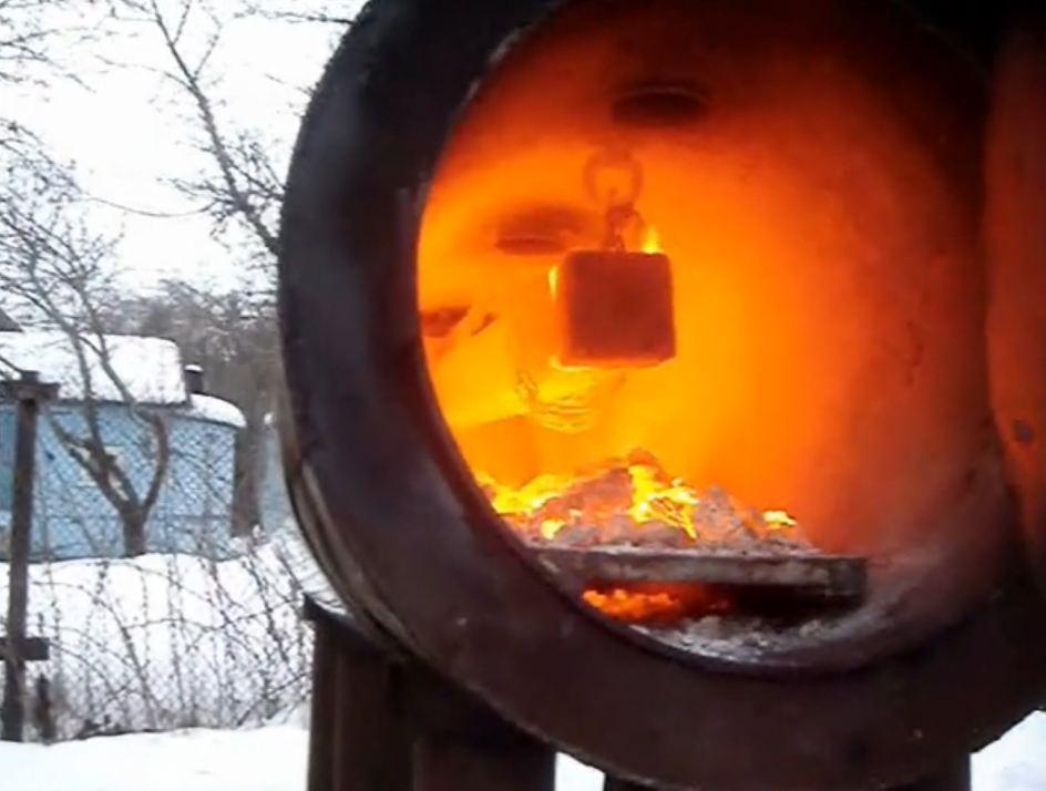 Печь в работе Изготовление реактора для реставрации в углеродной среде железных артифактор фото 10