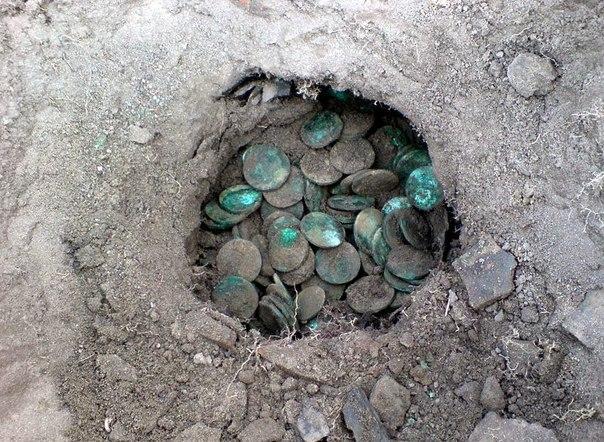 Фото клада юбилейные монеты россии скачать